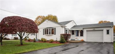 Johnston Single Family Home Act Und Contract: 34 Maribeth Dr