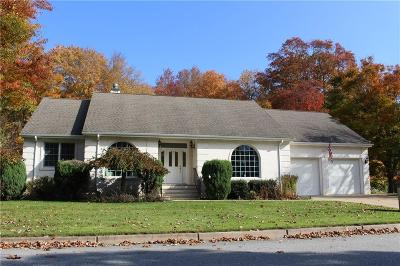 Bristol County Single Family Home For Sale: 5 Strawberry Lane