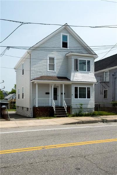 Newport County Single Family Home For Sale: 10 Main Rd