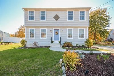 Westerly Single Family Home For Sale: 33 Fieldstone Wy