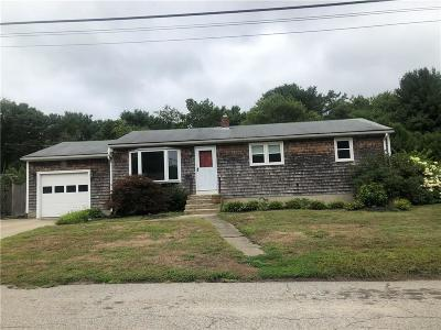 North Kingstown Single Family Home For Sale: 78 Eileen Dr