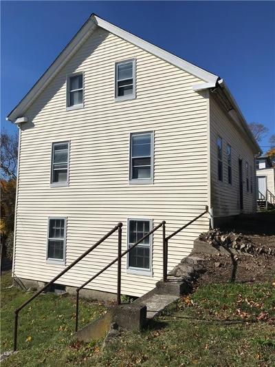 West Warwick Single Family Home For Sale: 67 Highland St