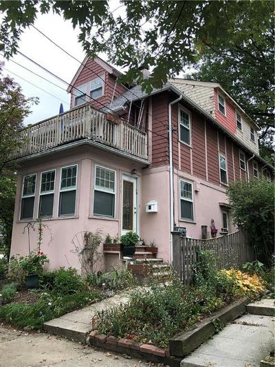 Providence County Multi Family Home For Sale: 423 - 425 Wayland Av