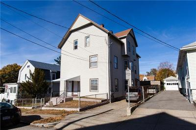 Pawtucket Multi Family Home For Sale: 34 Woodland St
