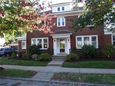 Providence County Single Family Home For Sale: 137 Sessions St