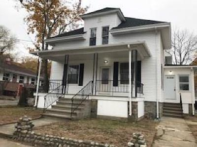 Woonsocket Single Family Home For Sale: 830 Mendon Rd