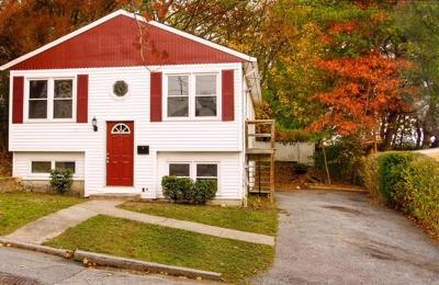 Providence RI Single Family Home For Sale: $219,900
