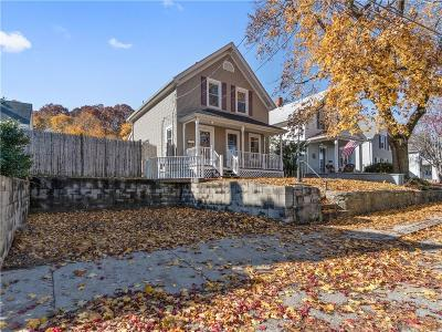 Woonsocket Single Family Home For Sale: 57 Bradford St