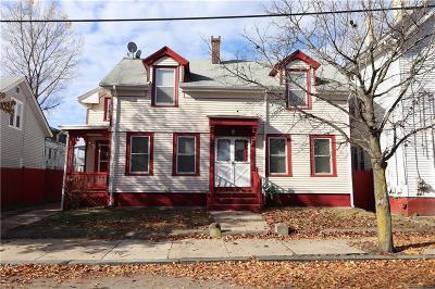 Pawtucket Single Family Home For Sale: 23 Garden St St