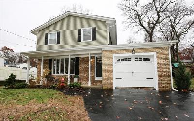 Warwick RI Single Family Home For Sale: $349,900