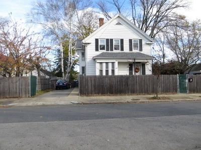Providence RI Multi Family Home For Sale: $239,900