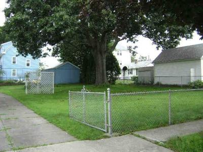 Pawtucket RI Residential Lots & Land For Sale: $59,900