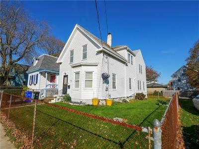 Newport Single Family Home For Sale: 36 Friendship St St