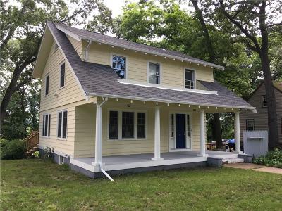 Warwick Single Family Home For Sale: 39 Greenwich Av