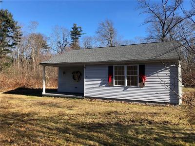 South Kingstown Single Family Home Act Und Contract: 80 Lewis Lane