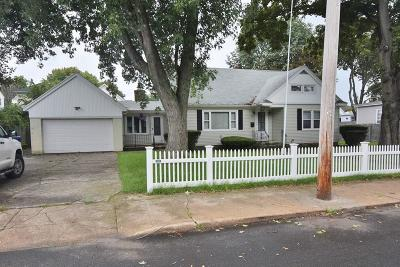 West Warwick RI Single Family Home For Sale: $199,900