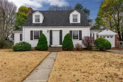 Single Family Home For Sale: 38 Westbrook Rd