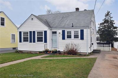 Pawtucket RI Single Family Home For Sale: $242,900