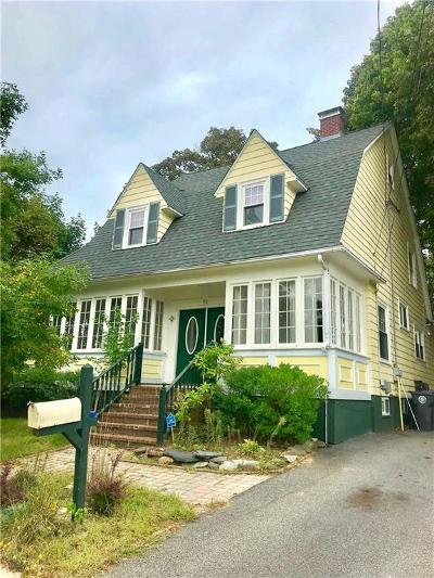 Cranston RI Single Family Home For Sale: $269,900