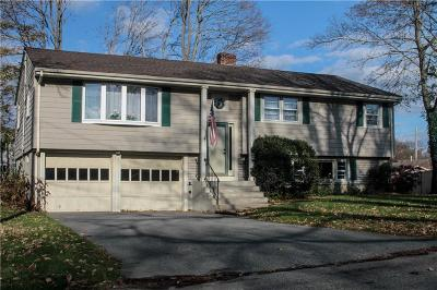 Barrington Single Family Home For Sale: 12 Madeline Dr