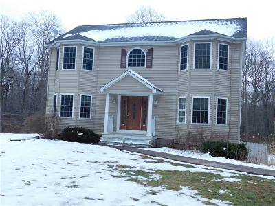 Scituate Single Family Home For Sale: 240 Bungy Rd