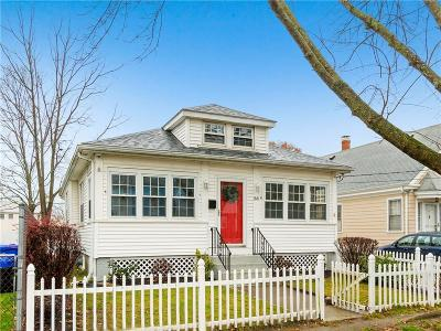 East Providence Single Family Home For Sale: 88 Williams Av