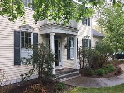 North Kingstown Single Family Home For Sale: 210 Douglas Dr