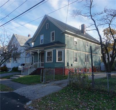 Cranston Single Family Home For Sale: 26 Oakland Av
