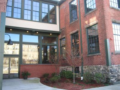Woonsocket Condo/Townhouse For Sale: 99 Allen St, Unit#213 #213