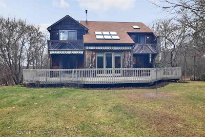 South Kingstown Single Family Home For Sale: 120 Land N Sea Dr