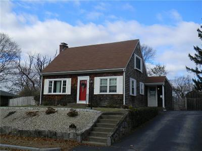East Providence Single Family Home For Sale: 11 Crawford Rd