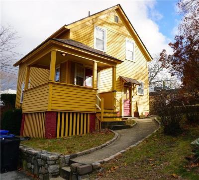East Providence Single Family Home For Sale: 73 Massasoit Av