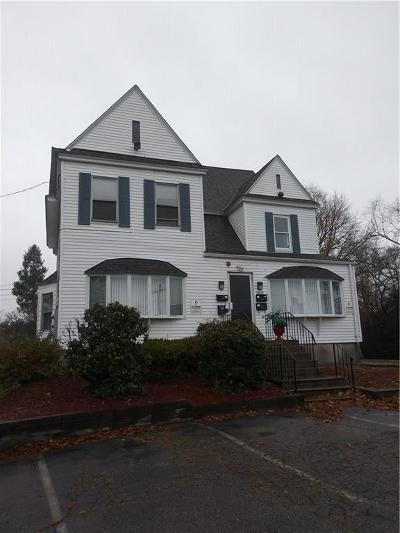 Cranston Multi Family Home For Sale: 1635 Cranston St