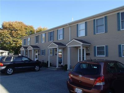 Cranston RI Condo/Townhouse For Sale: $134,900
