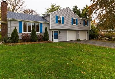 Portsmouth RI Single Family Home For Sale: $375,000