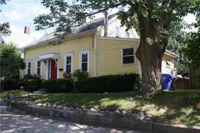 Pawtucket Single Family Home For Sale: 50 Brewster St