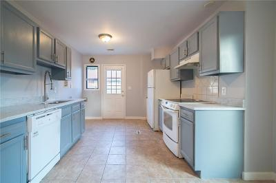 Coventry Single Family Home For Sale: 28 Paige Dr