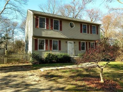 South Kingstown Single Family Home For Sale: 354 Allen Av