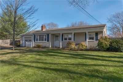 Warwick RI Single Family Home For Sale: $249,000