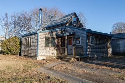 Newport County Single Family Home Act Und Contract: 55 Oak St