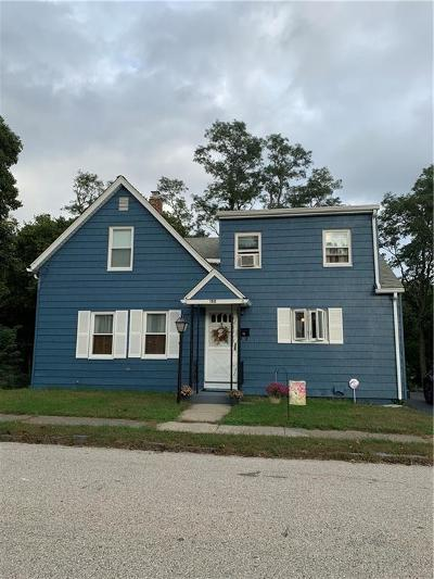 East Providence Single Family Home For Sale: 152 Arnold St
