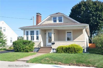 Pawtucket RI Single Family Home For Sale: $239,900