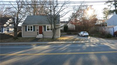 Kent County Single Family Home For Sale: 166 Hopkins Hill