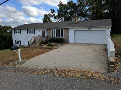 Cumberland Single Family Home For Sale: 100 Hilltop Rd
