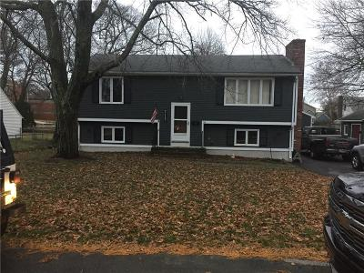 Warwick Single Family Home For Sale: 34 Pleasant View Rd