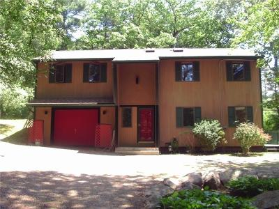 Kent County Single Family Home For Sale: 15 Circlewood Dr