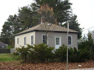 Warwick Single Family Home For Sale: 2536 West Shore Rd