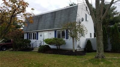 West Warwick Single Family Home For Sale: 24 Longbow Dr