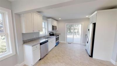 Westerly Single Family Home For Sale: 187 Winnapaug Rd