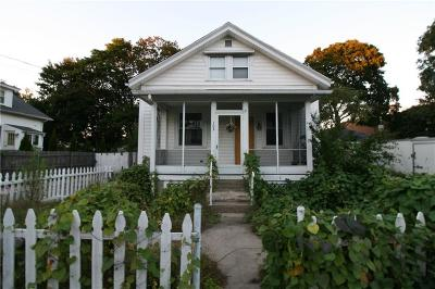 Providence County Single Family Home For Sale: 103 Henrietta St